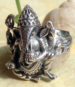 Ganesha Silberring im Ganseha Shop kaufen