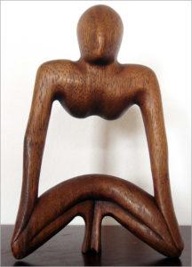 Abstrakte Holzfigur aus Bali - Ganesha Online Shop