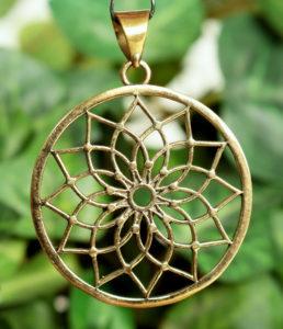 Lotusblume Lotusblüte Messing Anhänger im Ganesha Online Shop