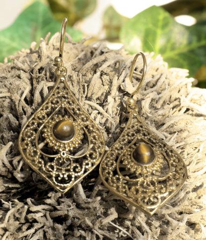 Messing Ohrringe mit Tigerauge im Ganesha Online Shop