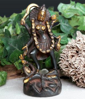 Kali Messing Statue aus Indien kaufen im Ganesha Online Shop