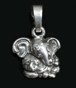 Kleiner Ganesha Silber Anhänger im Ganesha Shop kaufen