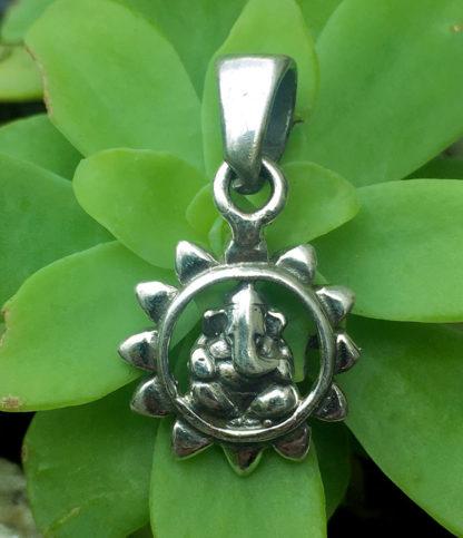 Ganesha Silber Anhänger im Ganesha Shop kaufen