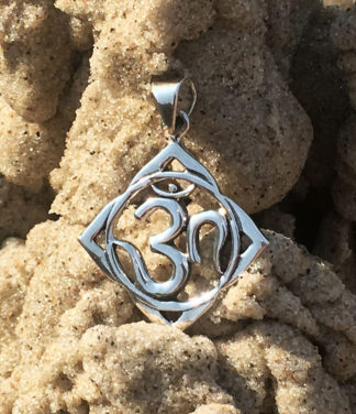 OM Silber Anhänger im Ganesha Online Shop