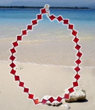 Halskette aus Schaumkoralle