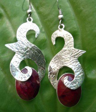 Silber Ohrringe mit Rubin