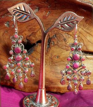 Silber Ohrringe mit Rubin Steinen im Ganesha Online Shop