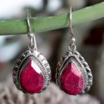 Geschliffene Rubine als Silber Ohrringe im Online Shop