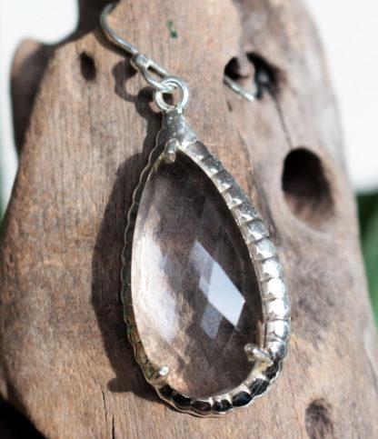 Silber Ohrringe mit geschliffenen Bergkristall im Ganesha Online Shop
