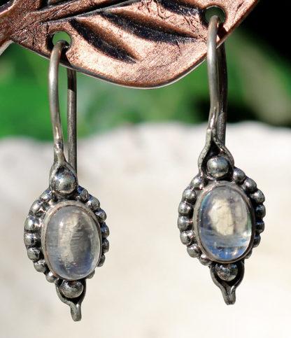 Ohrringe mit Mondstein in 925 Sterling Silber im Ganesha Online Shop