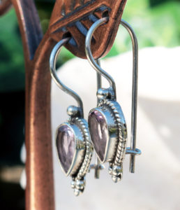 Silber Ohrringe mit Amethyst im Ganesha Online Shop