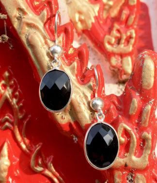 Ohrringe mit geschliffenen Onyx in 925 Silberarbeit kaufen