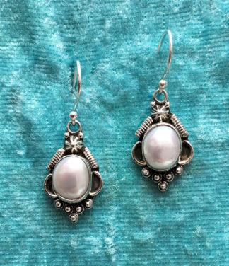 Silber Ohrringe mit Perlen im Ganesha Shop kaufen