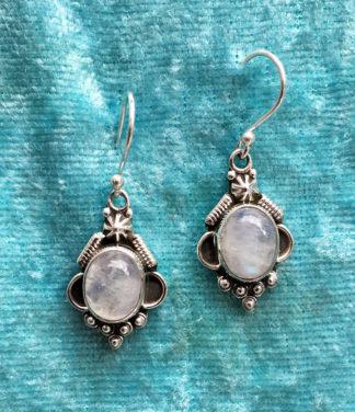 Silber Ohrringe mit Mondstein aus Indien