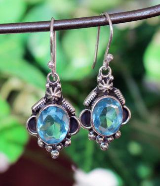 Silber Ohrringe mit blauen Topas im Ganesha Shop