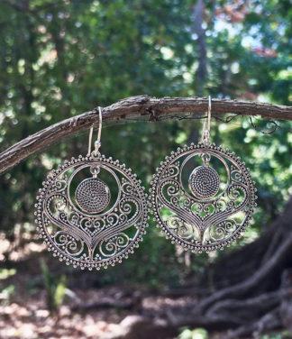 Filigrane runde Silberohrringe aus Indien im Ganesha Shop