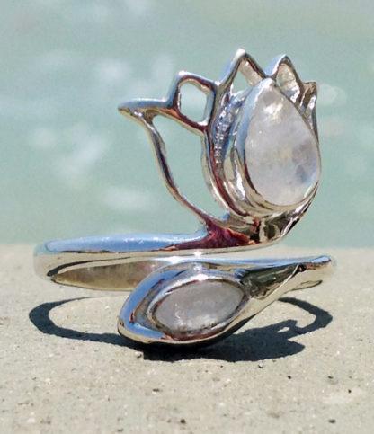 Silberring mit Mondsteinen günstig online kaufen