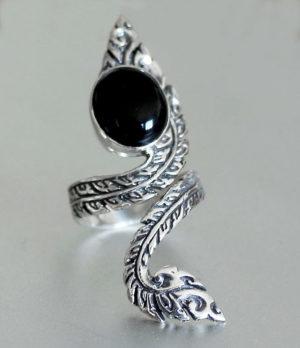 Verstellbarer Silberring mit Onyx - Ganesha Online Shop