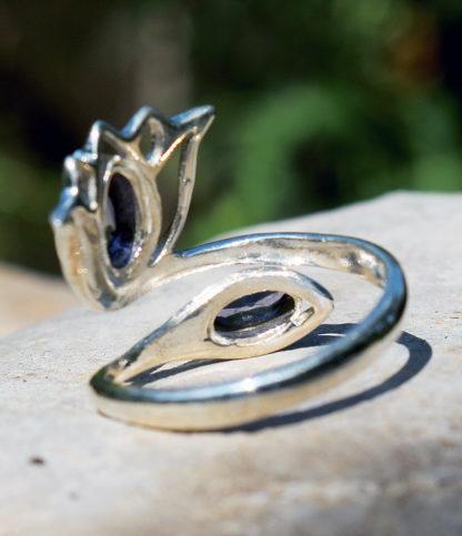 Verstellbarer Silberring mit Amethyst Steinen