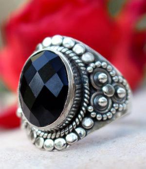 Silberring mit geschliffenen Onyx kaufen