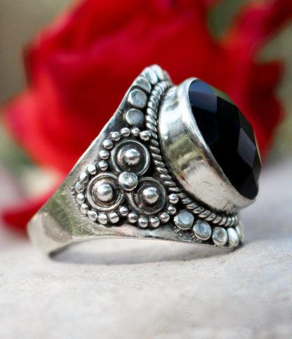 Silberring mit geschliffenen Onyx - Ganesha Shop Fürth