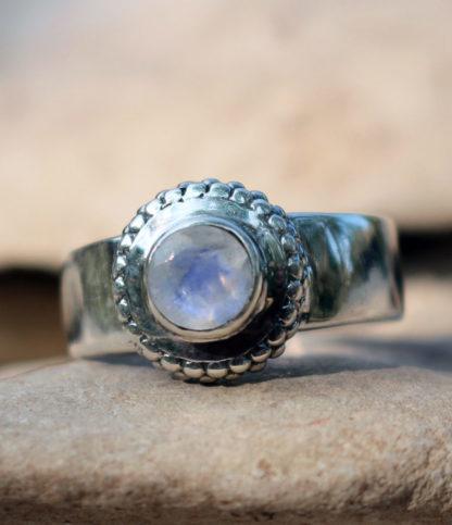 Mondstein Silberring im Ganesha Shop Fürth