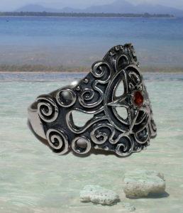 Pentagramm Silberring mit Granat Stein günstig im Online Shop