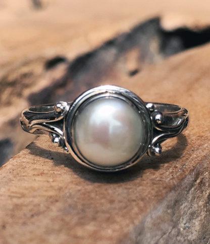 Silberring mit Perle im Ganesha Online Shop