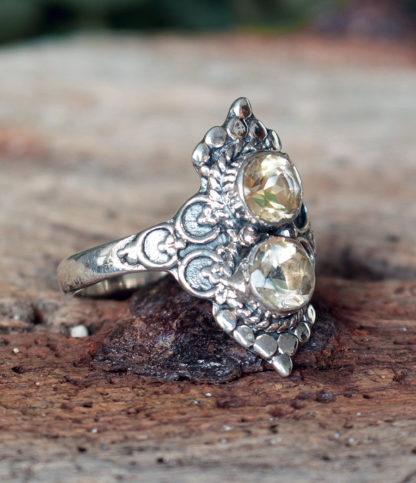 Silberring mit Citrin Steinen geschliffen aus Indien im Online Shop