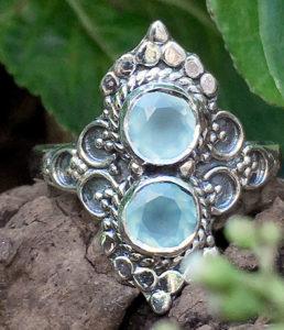 Silberring mit Chalchedon aus Indien im Ganesha Online Shop