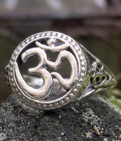 OM Silberring im Ganesha Shop