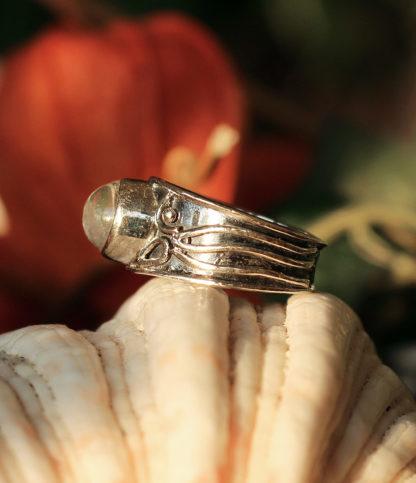 Silberring mit Mondstein im Online Shop kaufen