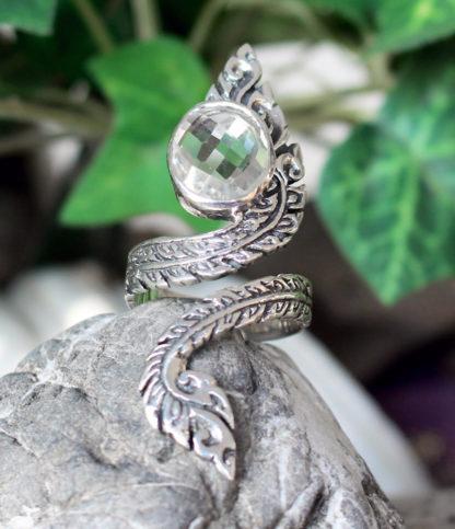 Offener Silberring mit Bergkristall im Ganesha Shop kaufen