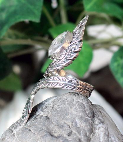 Offener Silberring mit Bergkristall im Ganesha Shop