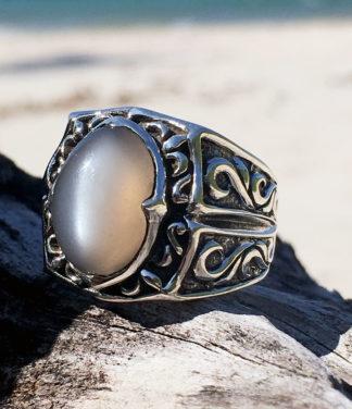Herren Silberring mit grauen Mondstein im Ganesha Online Shop