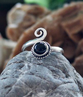 Kleiner offener Silberring mit Onyx Stein