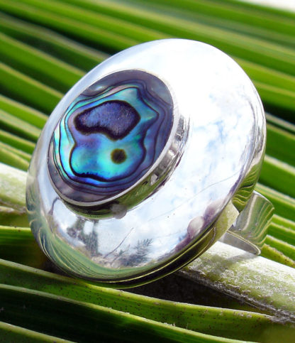 Silberring mit blau-grün-lila Perlmutt aus Thailand